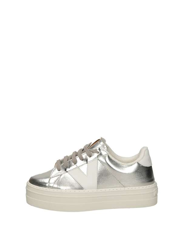 Victoria Sneakers Basse  Argento
